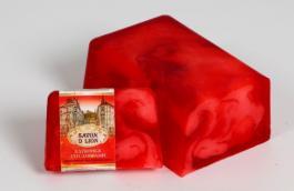 косметическое мыло ручной работы с ароматом клубники со сливками